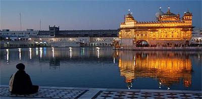golden-temple-meditate